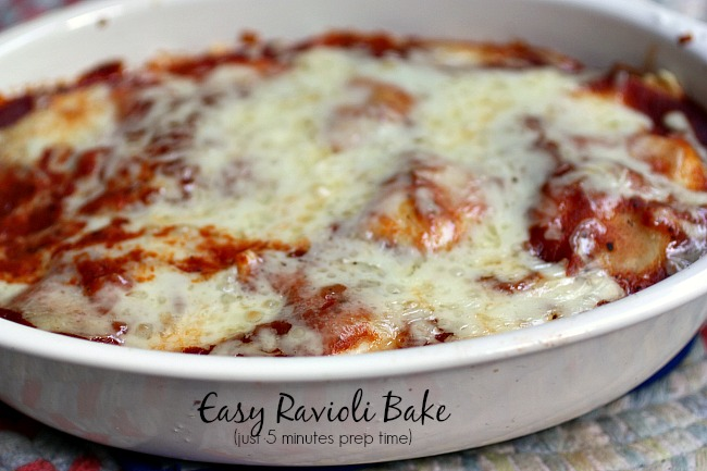 This Easy Ravioli Bake guarantees just five minutes of prep time @10minutedinners